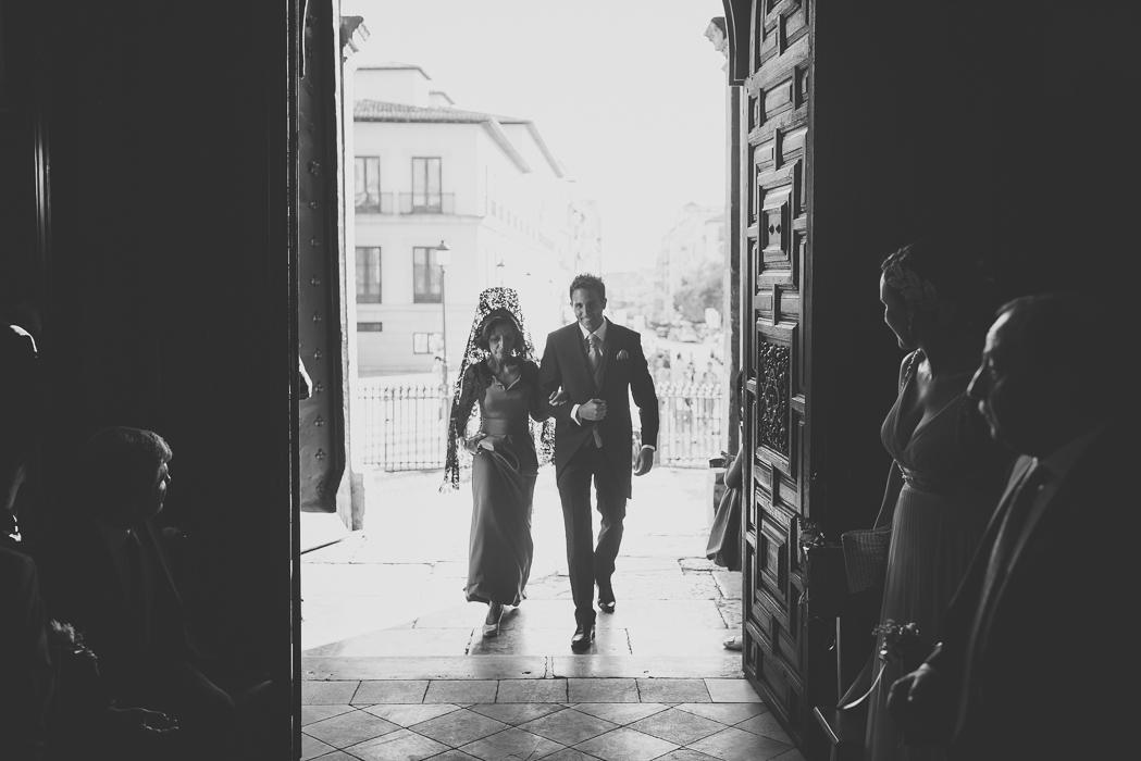 boda_granada_iglesia_santa_ana_palacio_cordova-024