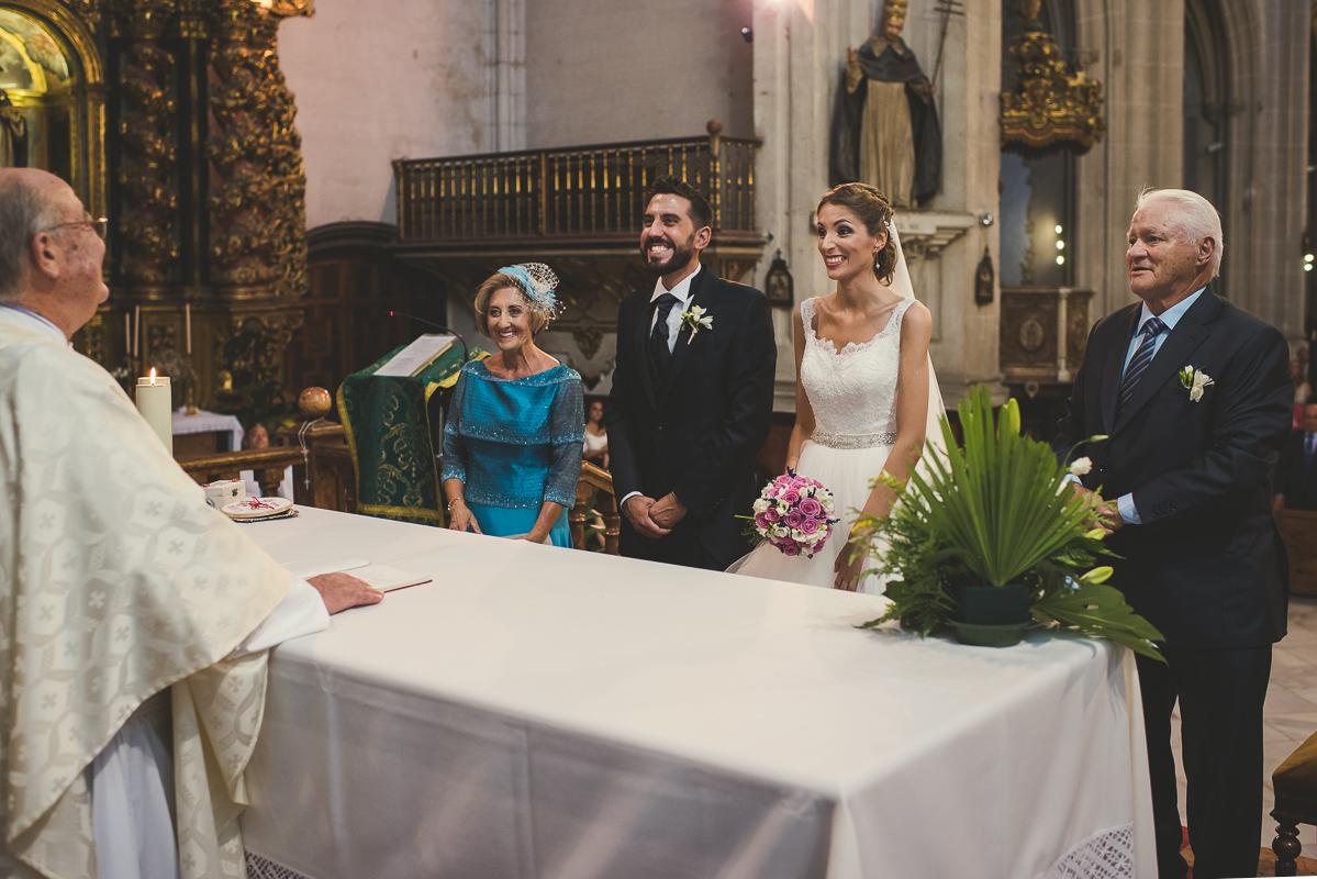 boda_iglesia_santo_domingo_torre_del_rey_borraja-068